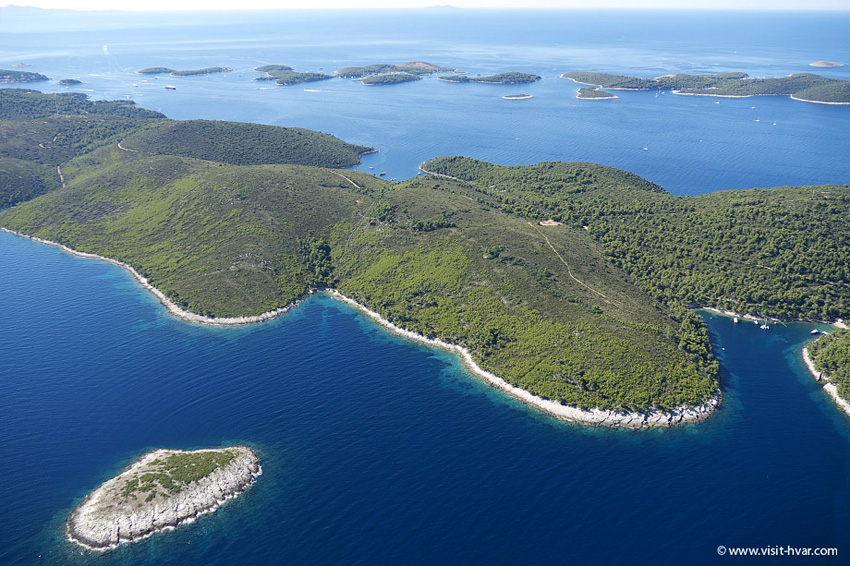 Island Hvar, Pakleni Islands
