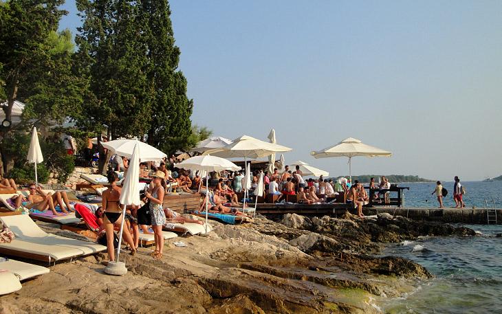 Hula Hula beach club – town of Hvar