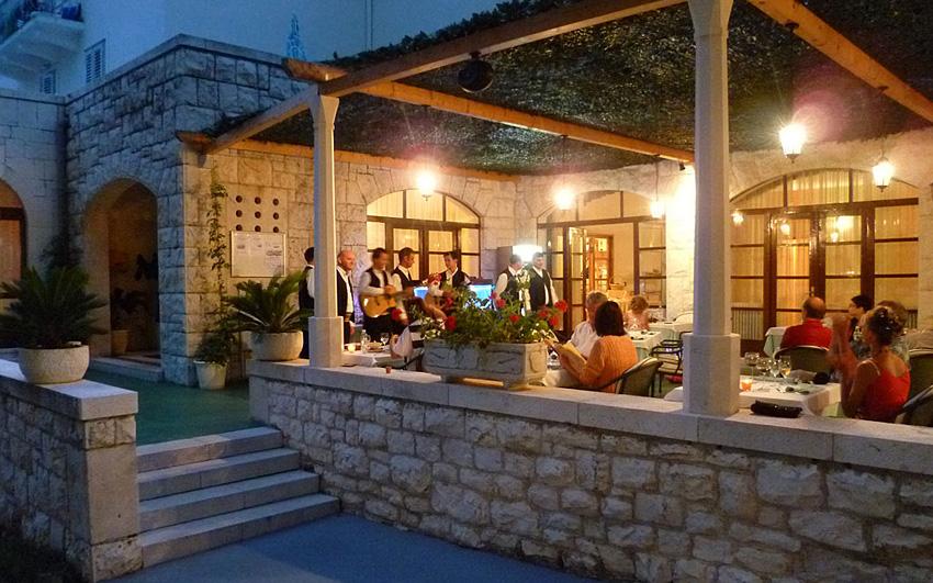 Hotel Croatia Hvar – Majerovica bay