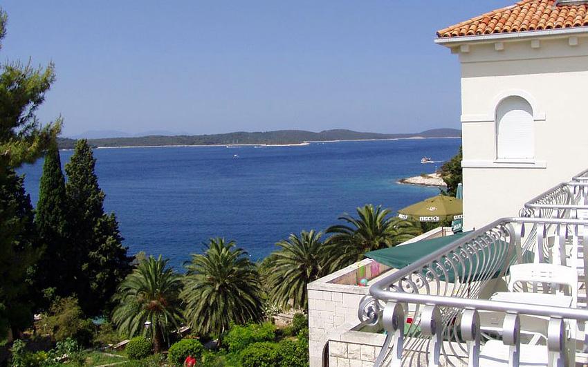 Hotel Croatia Hvar – Majerovica bay in the town of Hvar