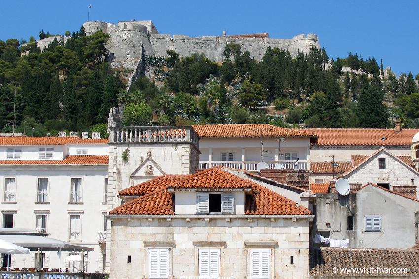 Fortica Španjola, Hvar town