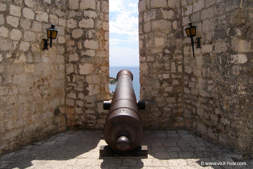 Fortress Fortica Španjola, Hvar town