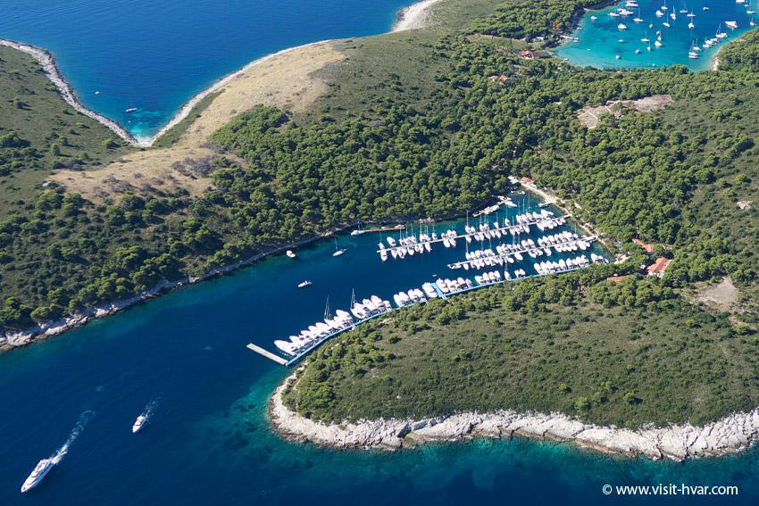 ACI Marina Palmižana - Sveti Klement, Pakleni Islands.