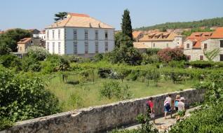 Stari Grad, Island Hvar - Palace Biankini, Naval collection